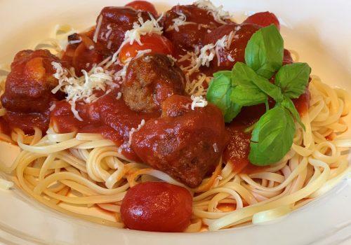 Spaghetti-Hackbällchen